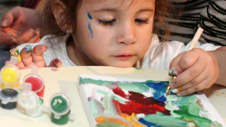 рисуване,дете
