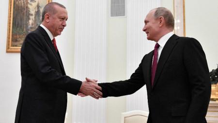 Владимир Путин и Реджеп Ердоган на една от предишните им срещи.