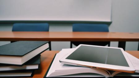 Технологиите не бива да са цел, а средство за качествена промяна на образованието