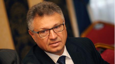 Βελιζάρ Σαλαμάνοβ