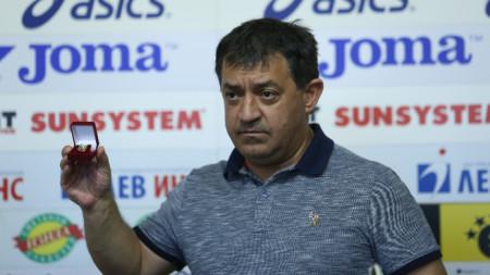 Иван Иванов получи поредна награда.