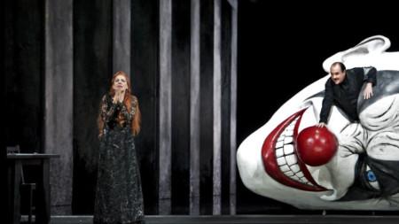"""Беатрис Уриа-Монзон в ролята на Джоконда от едноименната опера на Амилкаре Понкиели и Франко Васало в ролята на Барнаба - спектатъл на Кралския театър """"Ла Моне"""" в Брюксел"""