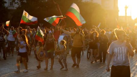 Протестите продължават за пореден ден
