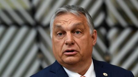 Виктор Орбан говори пред медии в Брюксел на влизане за заседание на Европейския съвет.