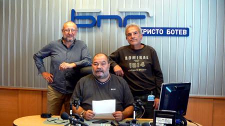 Кин Стоянов, Александър Михайлов и Георги Кушвалиев (отляво надясно)
