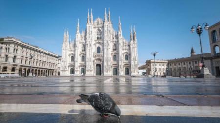 Катедралният площад в центъра на Милано на 31 март.