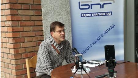Валентин Дишев на представянето на книгата