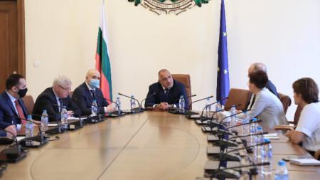 Премиерът Бойко Борисов на срещата с представители на Българската ритейл асоциация.