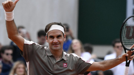 Роджър Федерер ще се завърне в Париж догодина.