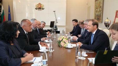 Премиерът Бойко Борисов се срещна с руския министър на промишлеността и търговията Денис Мантуров.