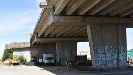 """Мостът """"Честово"""" на републиканския път между Горна Оряховица и село Камен."""