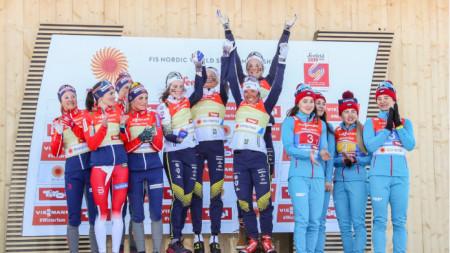 Шведските скиорки са на най-високото стъпало на почетната стълбица.