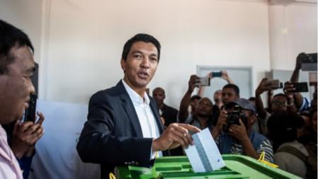 Андри Раджоелина на президентските избори в Мадагаскар