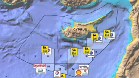 Карта на блоковете около Кипър с компаниите, получили лицензи за газови проучвания.