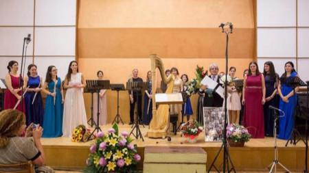 Проф. Георги Спасов празнува с ученици и приятели