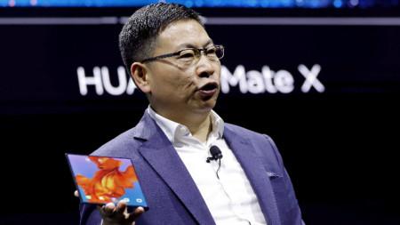 Сгъваем смартфон Mate X на Huawei