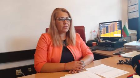Надя Танева - директор на Дирекция