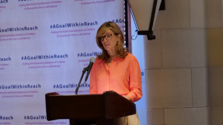 Вицепремиерът и министър на външните работи Екатерина Захариева откри в Ню Йорк събитие относно деинституционализацията в детската грижа