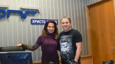 Ива Дойчинова и Атанас Пенев от Б.Т.Р. в студиото на