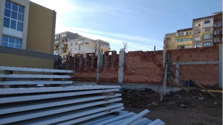 """Строителни дейности в основно училище """"Проф. Димитър Димов"""" в Ловеч"""