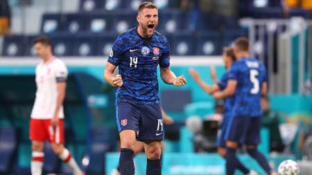 Милан Шкриняр донесе победата на словаците в 69-та минута