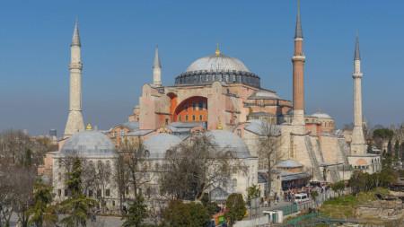 """Християнска базилика """"Света София"""" в Истанбул"""