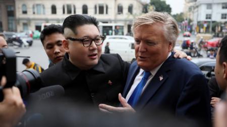 Двойниците на Ким и Тръмп - Хауърд Екс и Ръсел Уайт.