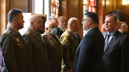 Министърът на отбраната Георги Панайотов от служебния кабинет на министър-председателя Стефан Янев встъпи в длъжност днес.