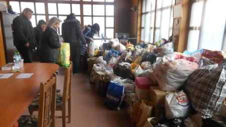 Само за два дни в Горна Оряховица събраха дарения за бедни деца в плевенското село Дисевица.