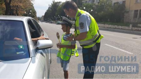 """ОДМВР- Шумен даде старт на кампания """"Да пазим нашите деца""""."""