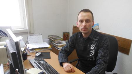 Илия Вълев