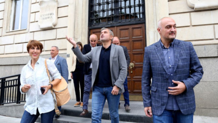 ГЕРБ-София подаде документи за регистрация на кандидата си за кмет на Столична община, както и на кандидатите за общински съветници, кметове на райони и кметове на кметства.