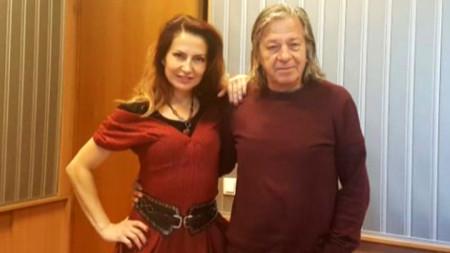 Ива Дойчинова и Александър Петров в студиото на