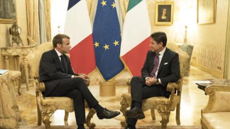Френският президент Еманюел Макрон и италианският премиер Джузепе Конте в Рим.