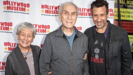 Питър Марк Ричман със съпругата си  - актрисата Хелън Ричман, и сина си Ориен Ричман, който също е актьор, 14 май 2019 г.