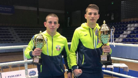 Венсан Киркоров (вляво) и Рами Киауан с трофеите си.