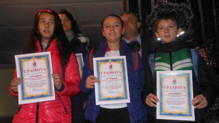 Виктория Костадинова, Йоана Пенева и Стелиан Николов