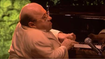 Мишел Петручани - виртуоз над клавишите