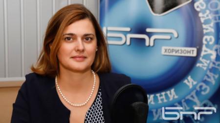 Зам.-министърът на образованието и науката Карина Ангелиева