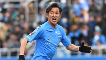 Казуйоши Миура започва 35-ия си сезон в професионалния футбол.