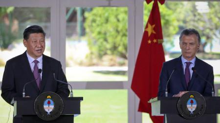Китайският и аржентинският президент Си Цзинпин и Маурисио Макри.