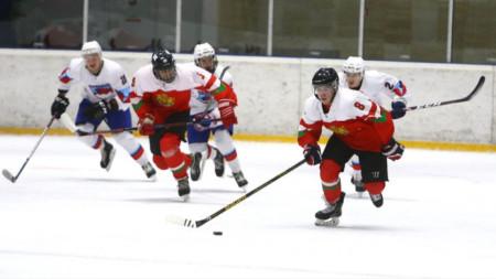 България беше домакин през януари на световно до 20 г. в трета дивизия.