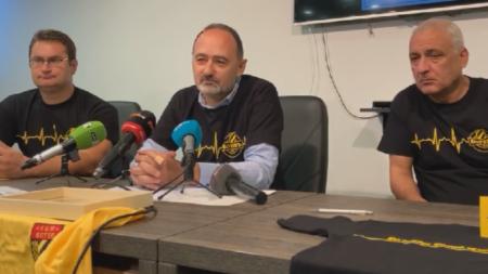Атанас Пашев (вдясно): Не искам да чувам за фалит!