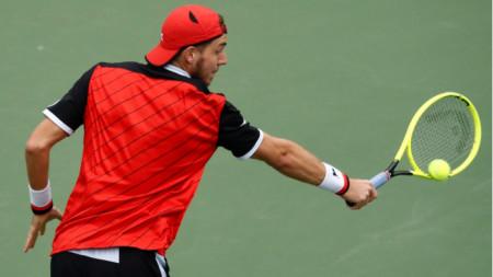 Ян-Ленард Щруф записа втора победа над тенисист от топ 5.