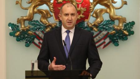 Президентът Румен Радев прави обръщение към народа.