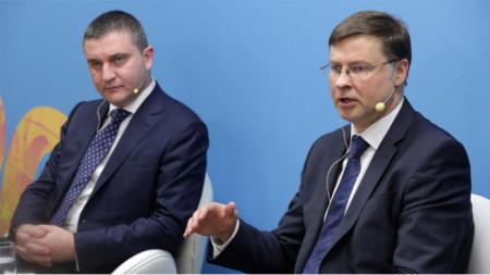 Βλαντισλάβ Γκοράνοφ και Βάλντις Ντομπρόβσκις