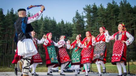 Танцовият състав от Якоруда