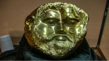 Le masque du roi thrace Térès /440-480 avant J.-C./