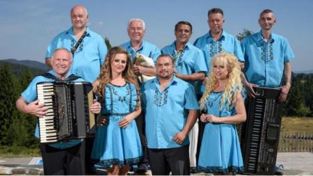 Виевската фолклорна група