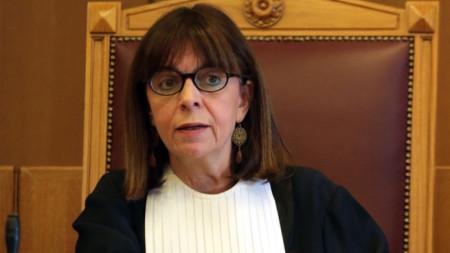 Избраната за президент Екатерини Сакеларопулу беше до днес председател на Върховния касационен съд.